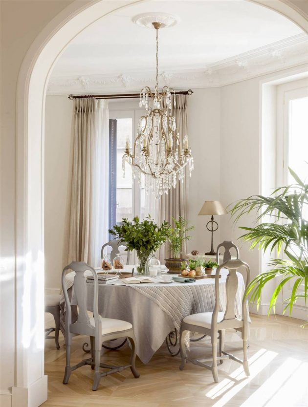 Why the Grey Color Triumphs in Decoration