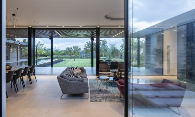 Ecological House by Dan and Hila Israelevitz Architects in Israel