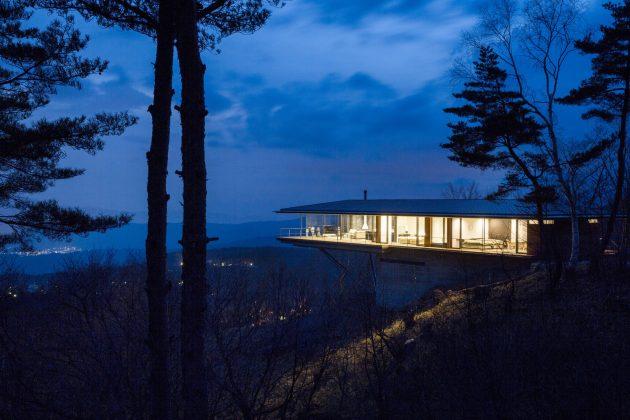 House in Yatsugake by Kidosaki Architects Studio in Nagano, Japan