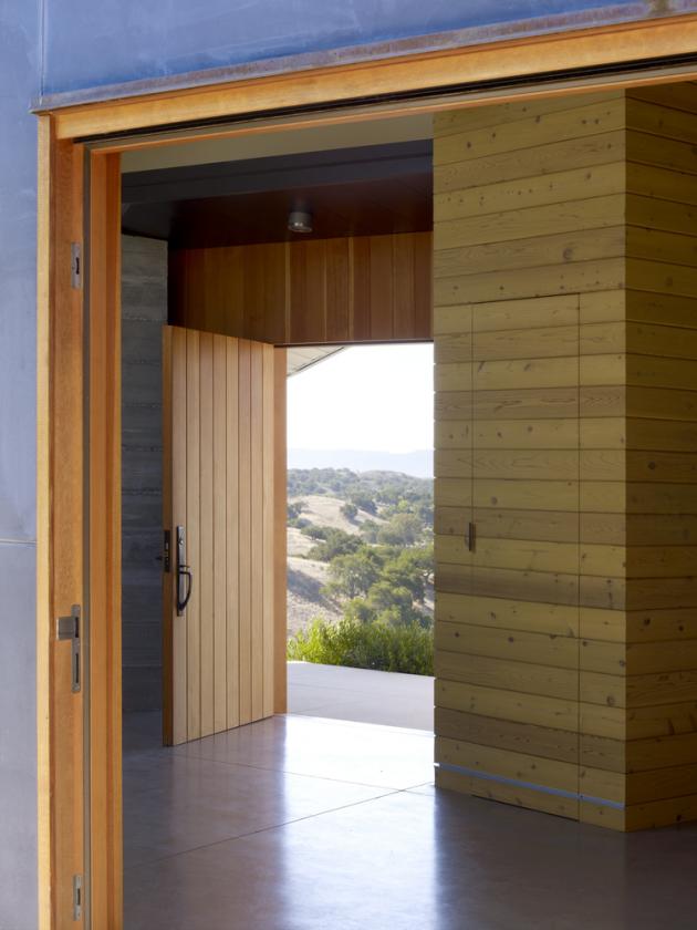Santa Ynez House by Fernau + Hartman Architects in California, USA