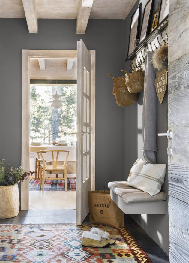 Corners & Objects That An Interior Designer Never Shows About a House