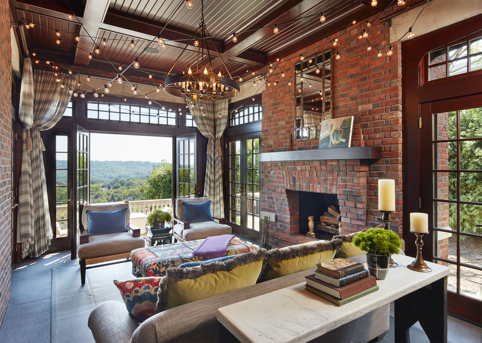 18 Majestic Traditional Sunroom Designs For Any Season