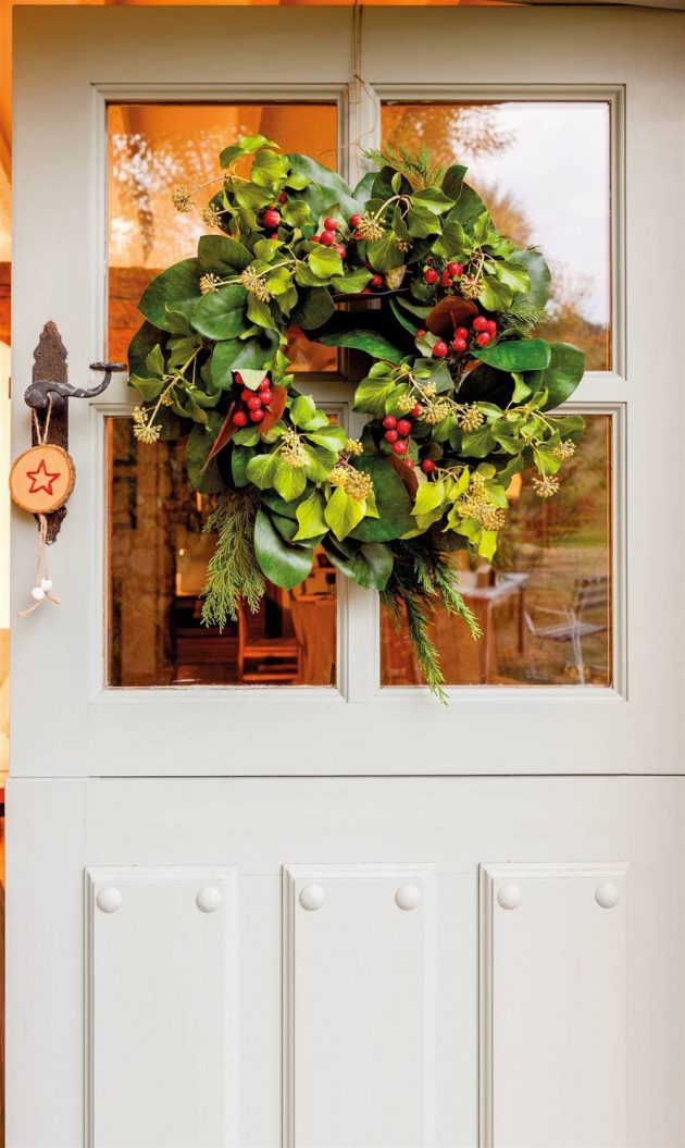 Tricks to Decorate Your Home This Christmas Without Spending Much