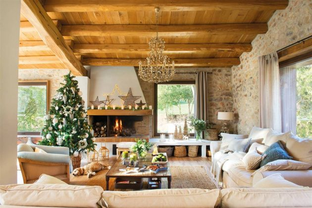 5 Rustic Houses Decorated for Christmas