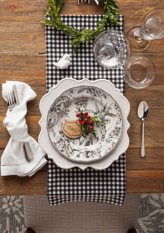 10 Ideas for Decorating the Christmas Table This Year