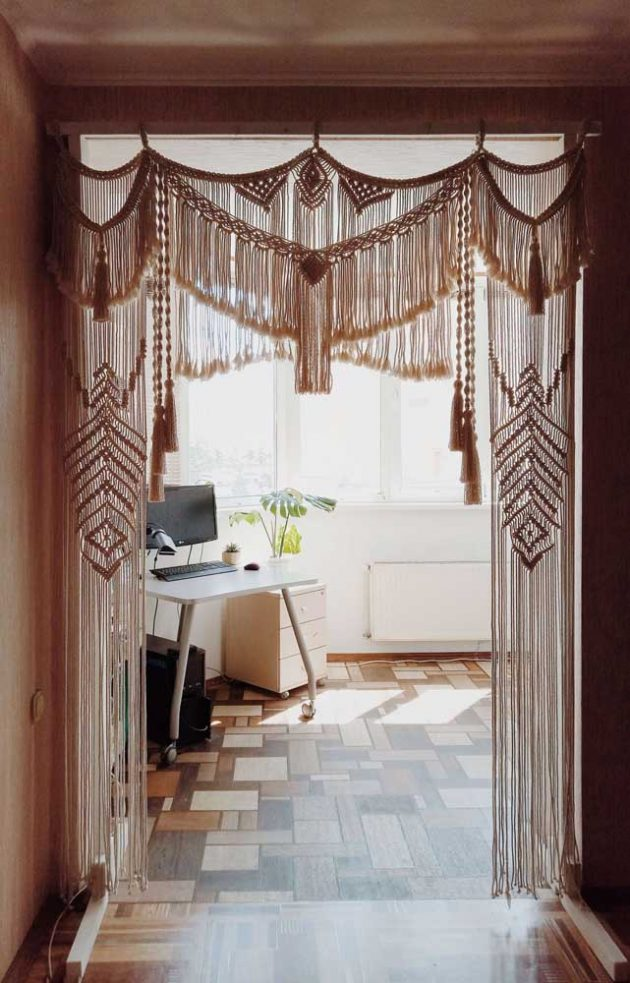 Models of Crochet Curtains That Might Be a Highlight in Your Room