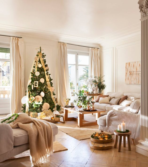The Best 10 Christmas Living Rooms ( Part I)