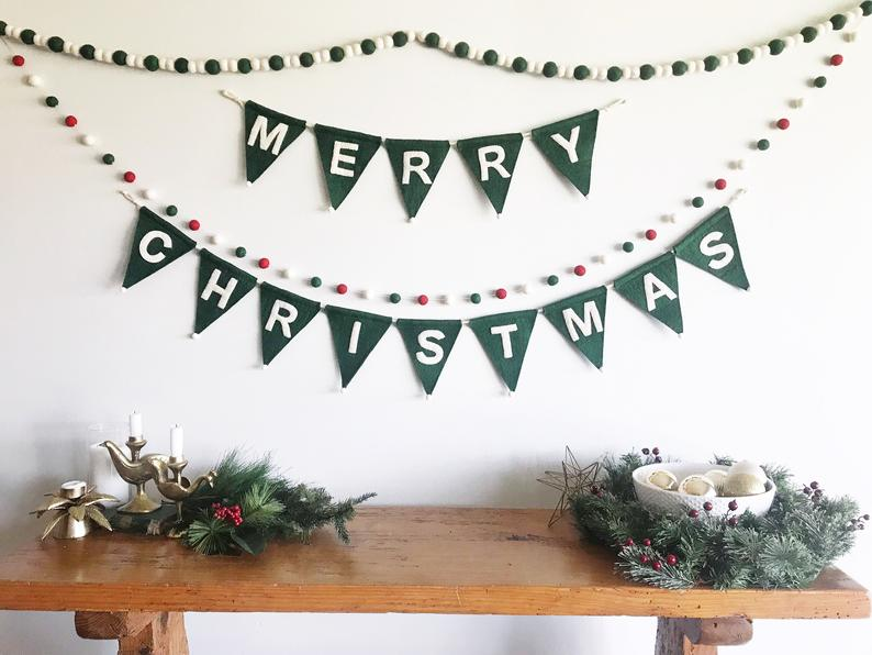 15 Cute Christmas Bunting Ideas For A Last-Minute Touch