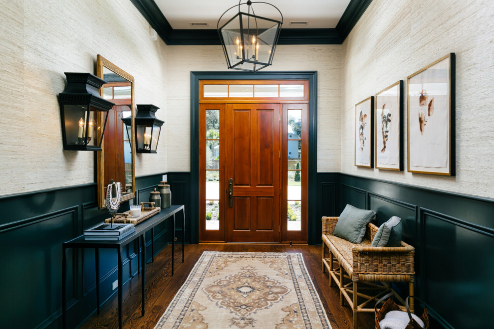 17 Remarkable Traditional Foyer Designs That Will Make You Feel Welcome