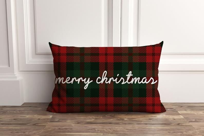 18 Adorable Christmas Pillow Designs That Will Beautify Your Living Room