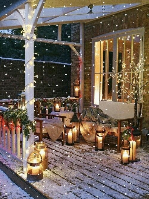 Best Ideas of Christmas Balcony Decoration