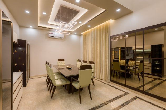 Contemporary Villa 32 by The KariGhars in Bengaluru, India