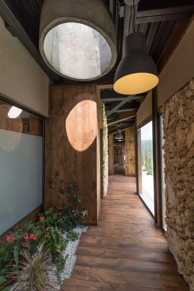 Gozu House by OPUS in El Retiro, Colombia