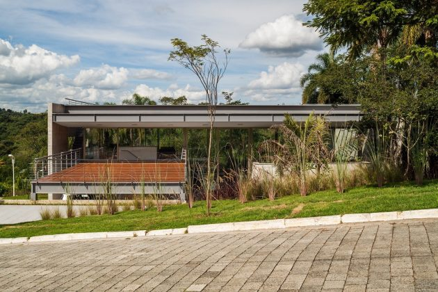 LLM House by Obra Arquitetos in Sao Jose Dos Campos, Brazil