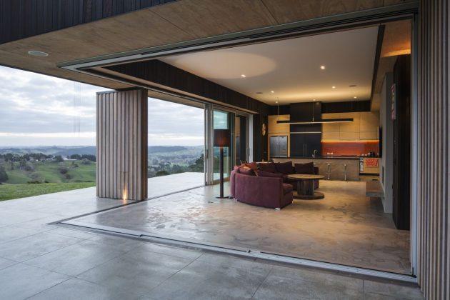 Te Hana Farmhouse by S3 Architects in New Zealand