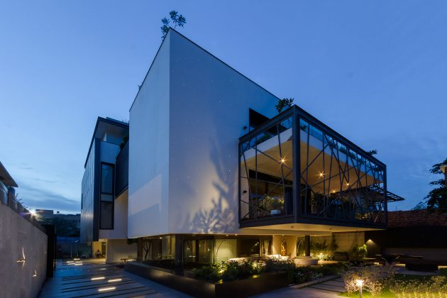 The Illuminati Project by Cityspace' 82 Architects in Gurgaon, India