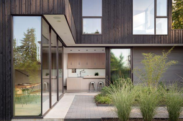 Yo-Ju Courtyard House by Wittman Estes in Clyde Hill, Washington