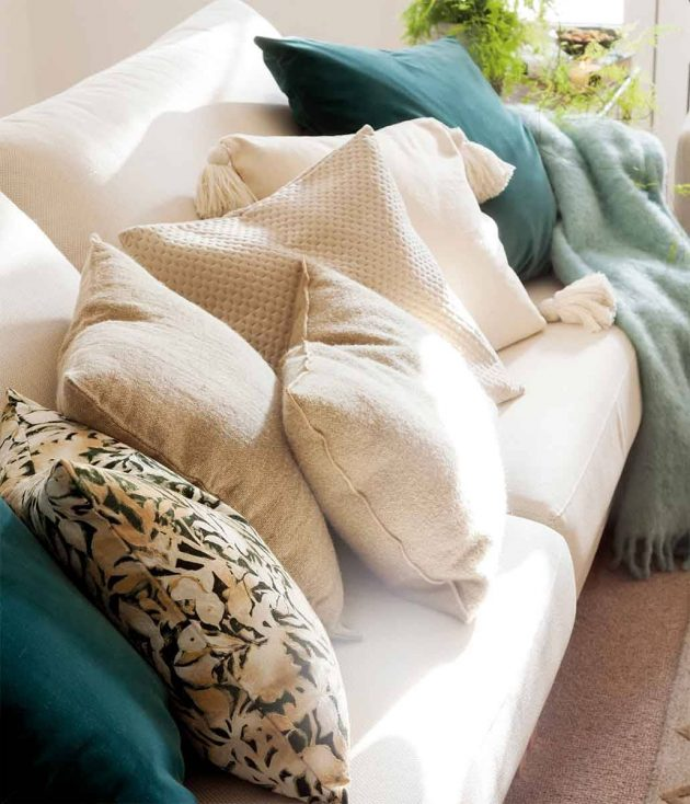 How To Match The Color Of The Sofa