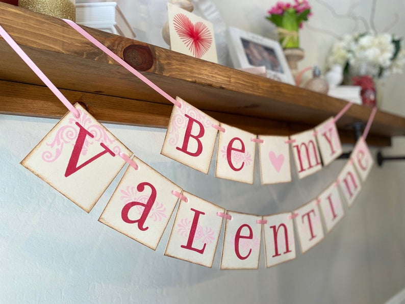 16 Adorable Valentine's Day Banner Ideas You Can't Resist