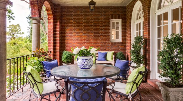 16 Outstanding Traditional Balcony Designs You Will Use All The Time