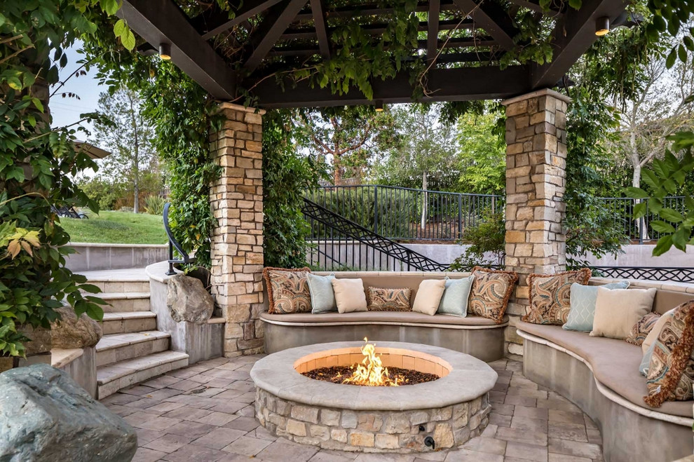 17 Charming Traditional Patio Designs You Will Never Want To Leave