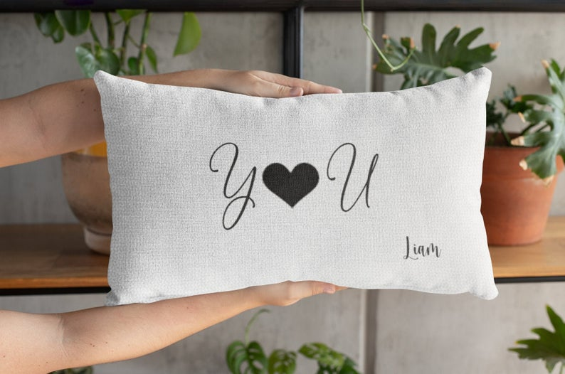 17 Super Cute Valentine's Day Pillow Cover Ideas That Will Steal Anybody's Heart