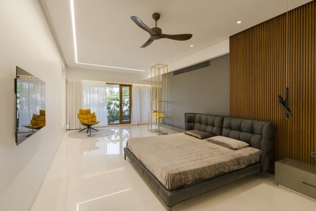 Gauribidanur Residence by Cadence Architects in India