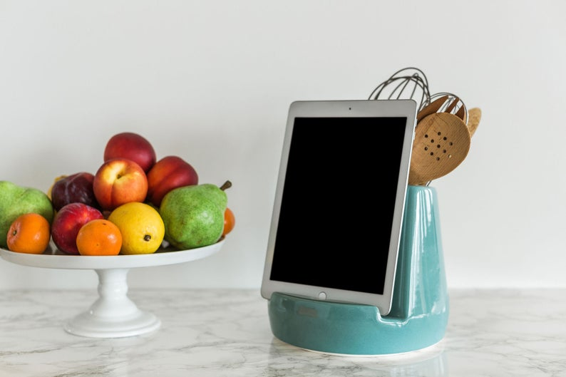 16 Fantastic Gadget Accessories For Home Or To Gift