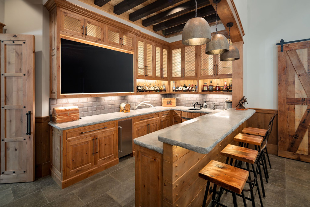 18 Magnificent Farmhouse Home Bar Designs For Any Occasion