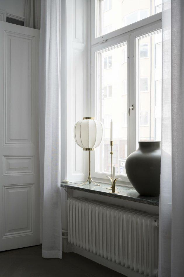 Elegant Details And Elegant Decor In Symmetry In Nordic Home