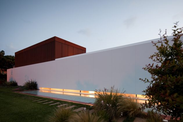 House Quinta Da Marinha by Fragmentos in Cascais, Portugal