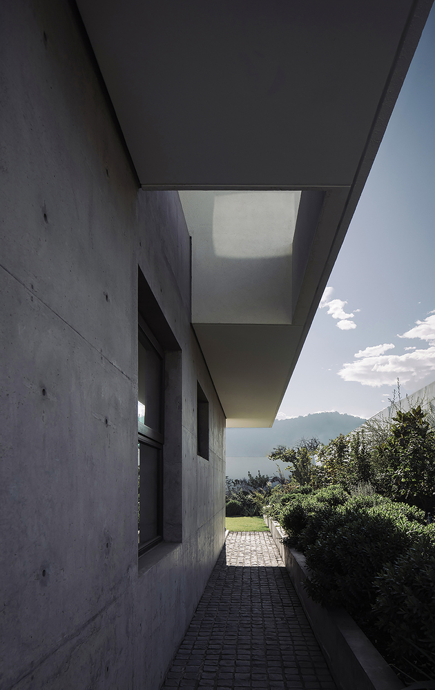 LC House by Cristian Romero Valente in Lo Barnechea, Chile