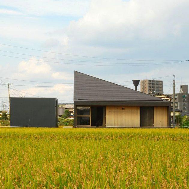 Shirakuchi House by Design Nico Architect Associates in Japan