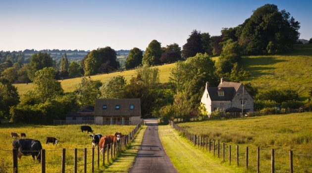 Moving To The Country? How To Get The Best Spec Home