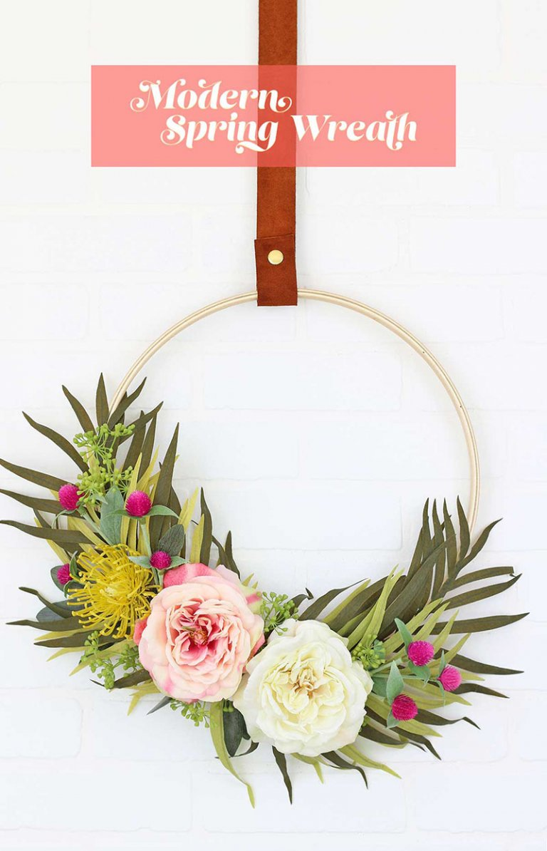15 Colorful DIY Spring Wreath Projects You Can Do Right Now