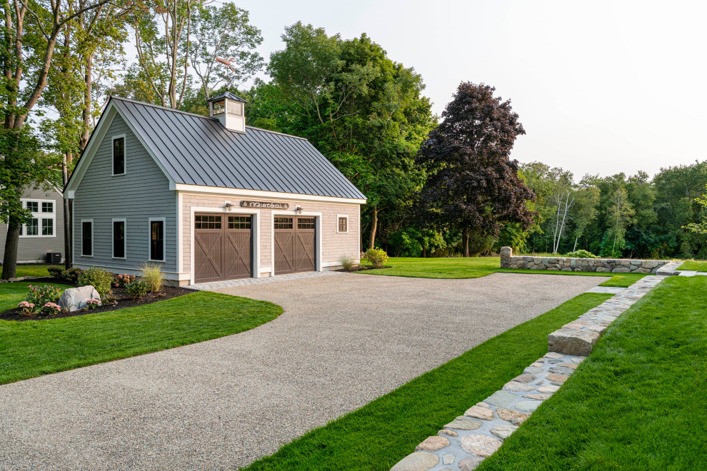 16 Charming Farmhouse Garage Designs That Will Take You By Surprise