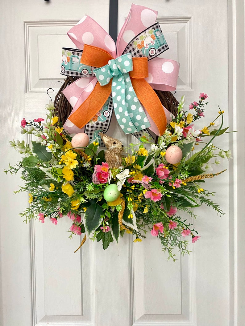 16 Vibrant Easter Wreath Designs You Should Consider For Your Holiday Décor