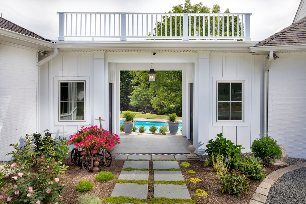 18 Remarkable Farmhouse Landscape Designs That Will Leave You Breathless