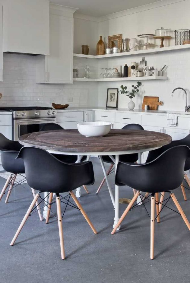 Advantages Of Having Rustic Wooden Table