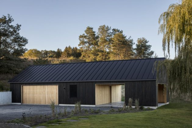 Ancram Barn by Worrell Yeung Architecture in New York, USA