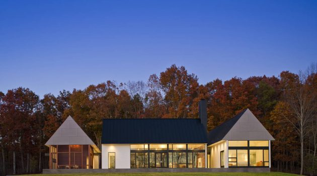 Becherer House by Robert M. Gurney Architect in Virginia, USA