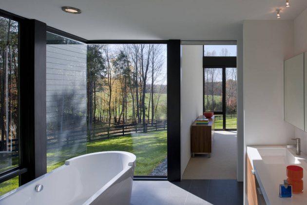 Becherer House by Robert M. Gurney Architect in Virginia, USA