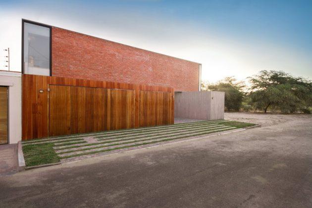 House LB by Riofrio + Rodrigo Arquitectos in Piura, Peru