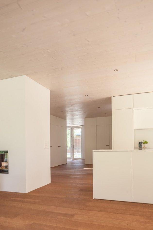 House at Lake Biel by Markus Schietsch Architekten in Switzerland