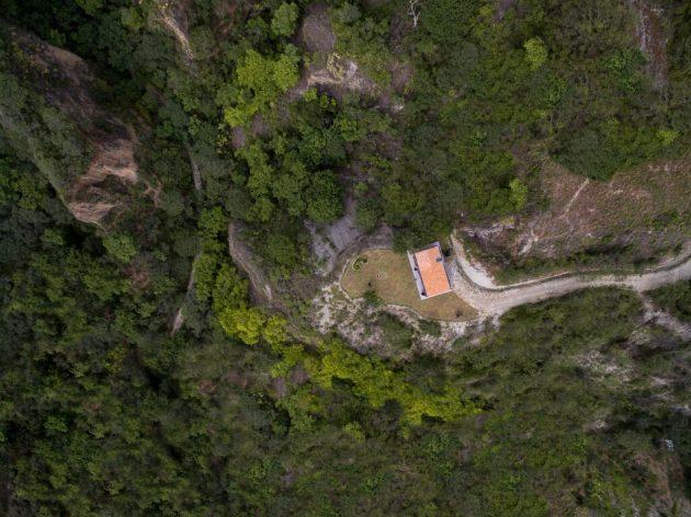 Native House by David Regalado Arquitectura in Malacatos, Ecuador