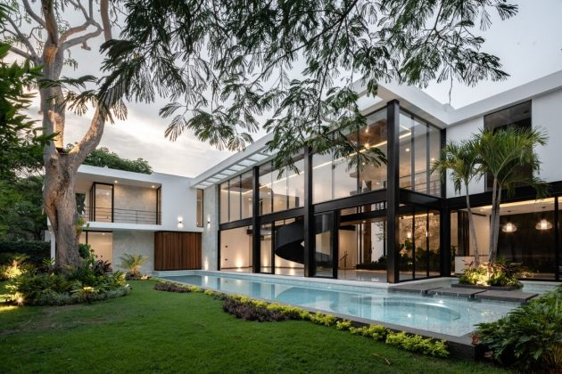 Water House by Di Frenna Arquitectos in Colima, Mexico