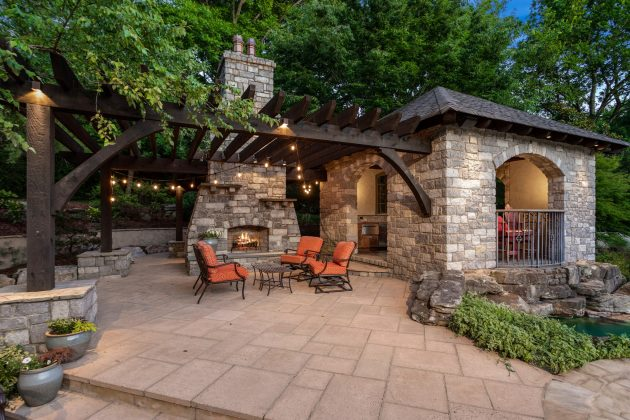 How To Create A Dreamy Outdoor Oasis In Your Backyard