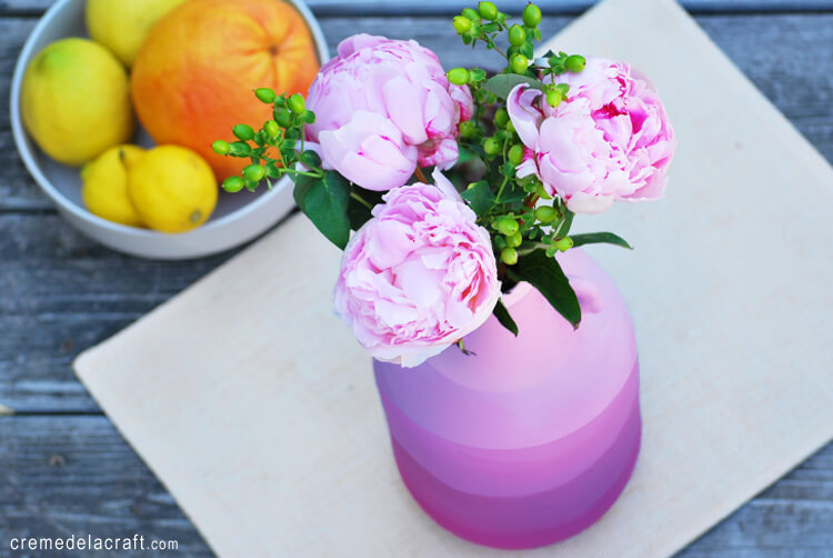 15 Beautiful DIY Vase Projects Perfect For Your Spring Décor