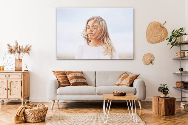 How to Decorate with Canvas Prints: Tips & Tricks