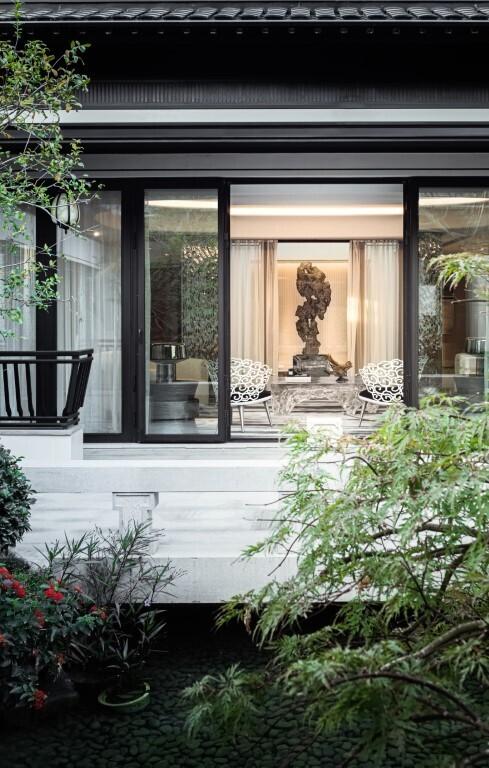 Villa Homespun Philosophy by T.K. Chu in Suzhou, China